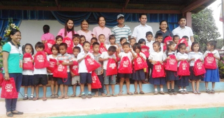 dole-bukidnon-school-supplies2