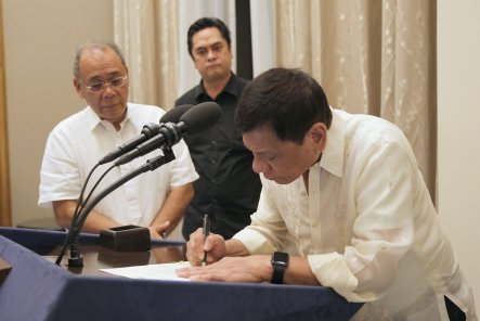 president-duterte-signs-eo